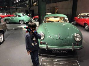レトロな車と写真