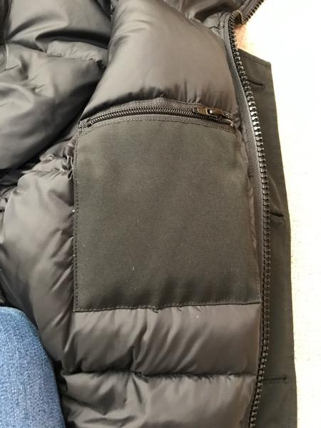 ジャスパーの内ポケット