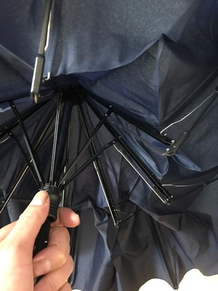 Wpc折りたたみ傘の骨はしっかりしている