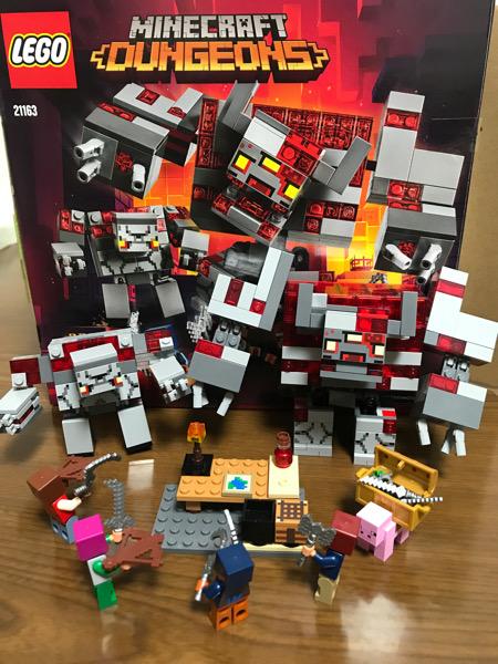 マイクラダンジョンのレゴの箱と中身